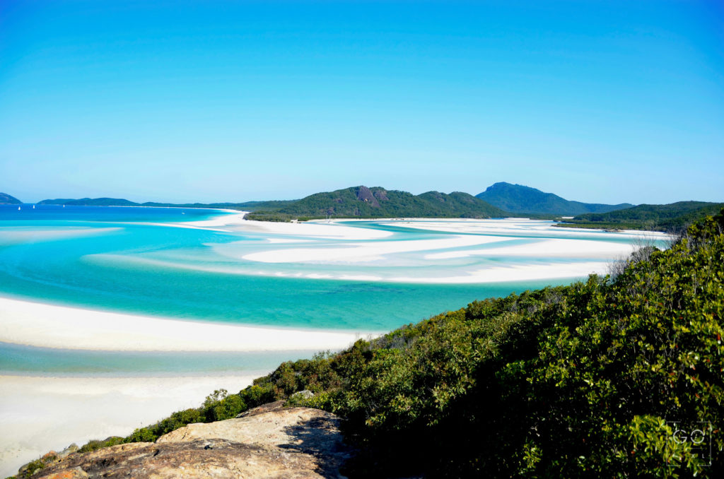 Rising tide at Whitehaven beach
